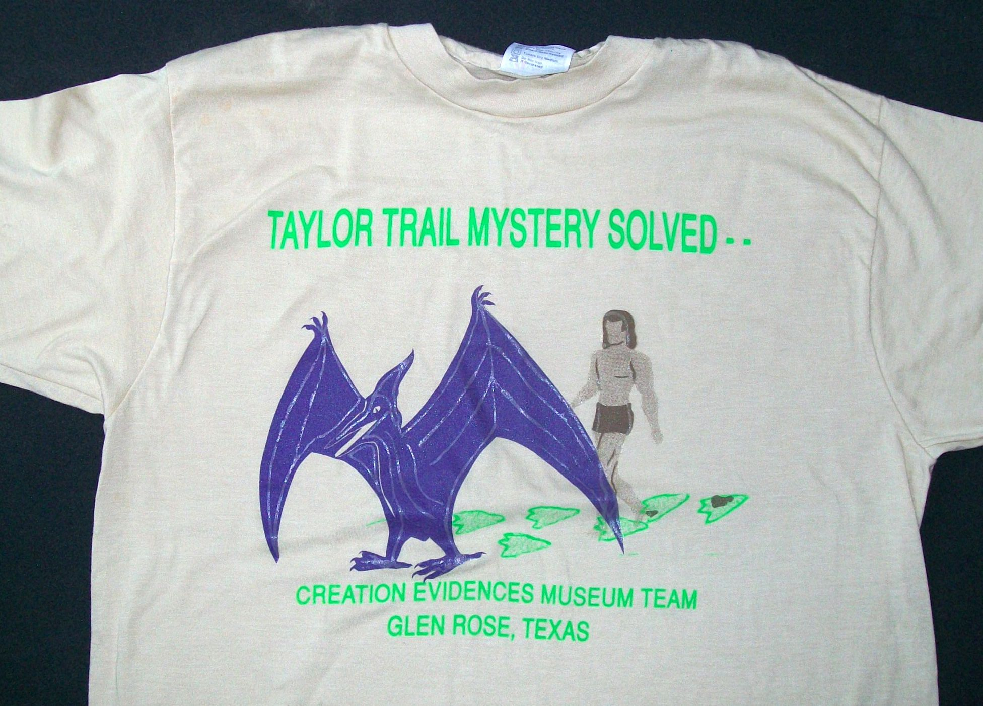 T-Shirt sold by Baugh, promoting pterosaur and human tracks idea